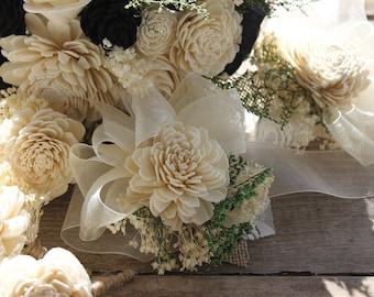 Peti Sola Wrist Corsage, Sola Flower Corsage, Sola Wood Corsage, Flower Girl Corsage, Bridesmaid Corsage, Ivory Corsage, Cream Corsage