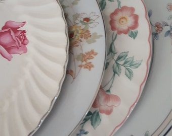 Vintage Mismatched Floral China, 4pc Set of Dinner Plates, Wedding, Dinner Parties, Bridesmaids and Hostess Gifts, Tea Parties, Showers,