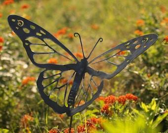 Metal Garden Art - Natural Steel - Garden Art  - Monarch Butterfly Garden Stake (Small)
