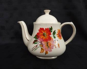 Vintage Sadler Teapot, Floral Design