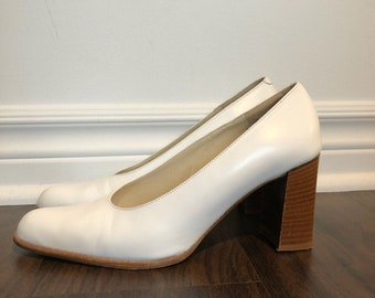 Vintage White Leather Block Heels