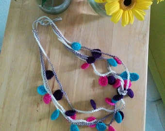 Necklace of coins in crochet - Crochet Neclace - Hippie style - style Hippie
