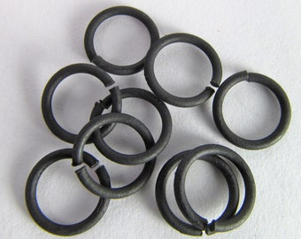 16 Matte Black 8mm Open Iron Jump Rings Mt211