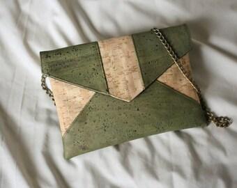 Vegan clutch // cork fabric // LOLA Green & Natural