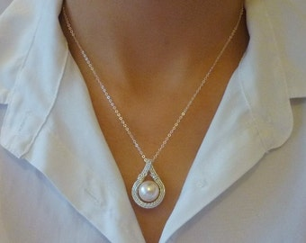Sterling silver wire wrapped swarovski pearl necklace (cream rose).