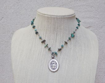 Metal Turquoise Bead Necklace with Oval Pendant