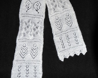 Lace Sampler Scarf Pattern and Class notes   PDF