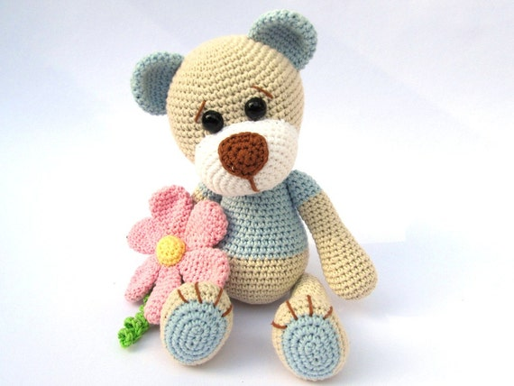 Amigurumi Crochet Books : Teddy with flower amigurumi crochet pattern pdf e book