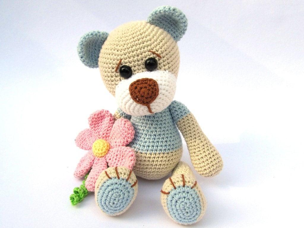 Amigurumi Crochet Patterns Book : Teddy with flower amigurumi crochet pattern pdf e book