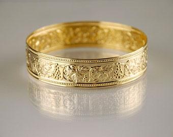 Gold Moroccan Bangle, Gold Bangle, Gold Bracelet, Gift for Her, Gold Leaf Bracelet, Gold Leaf Jewelry, Gold Leaf Bangle, Moroccan bracelet