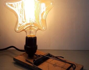 MOUSSE CATCHER LAMP with Edison Vintage Bulb