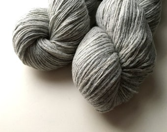 Reclaimed DK Yarn - Nylon/Wool - Light Grey Heather