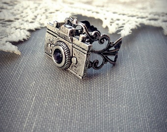 Camera Ring, Antique Silver Filigree Ring, Photography Jewelry