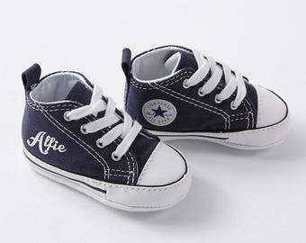 Personalised baby Converse sneakers with name. Cool baby shoes. Custom authentic Converse crib trainers. Baby shower gift & keepsake. Navy.