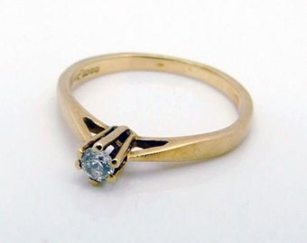 Dainty 9ct 9k Yellow Gold Cubic Zirconia Solitaire Ring Size 5 3/4 - L