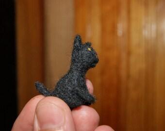 Cat miniature - super tiny felted black kitten