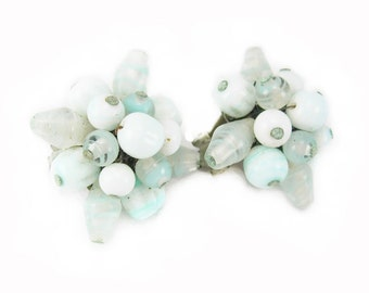 Retro Cluster Earrings Vintage Clip On Marked Japan Birthday Mothers Day pretty pale seafoam green beads