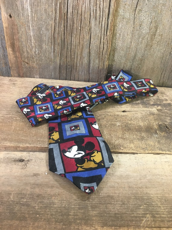 Vintage Mickey Mouse necktie, Mickey Mouse tie, Mickey unlimited tie, Mickey Mouse collectors, tie collectors, colorful Mickey Mouse tie,
