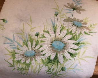 Vintage Blue Daisy Bed Pillowcase Pair Standard Size Bedding