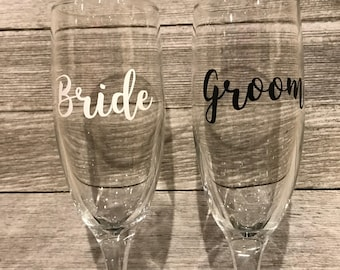 Bridal champagne glass set