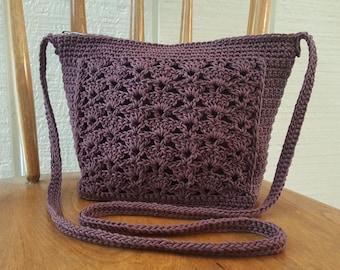 Crochet Crossbody Bag Purse Mauve Purple Lined Zipper Closure Pockets Silver Hardware