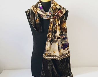 Pure silk and velvet scarf with embroidery insert