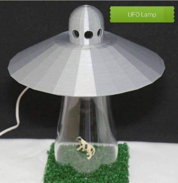 Awesome Silver UFO Alien Abduction Desk Lamp Cow Farm Sci Fi Spaceship