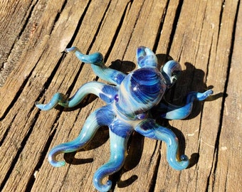 Borosilicate glass octopus pendant