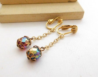 Vintage Red Purple Iridescent Crystal Bead Gold Chain Dangle Clip on Earrings K8