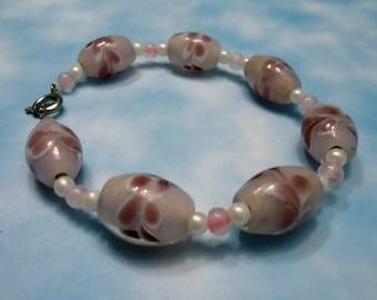 Delicate Pink Beaded Bracelet