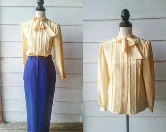 1970s Sunshine Yellow Blouse // Tie Neck // Spring and Easter