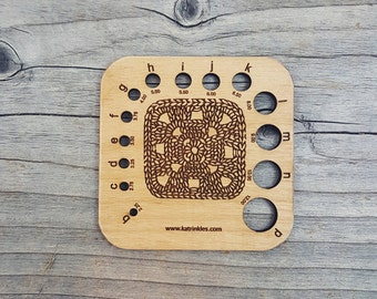 Crochet Hook Gauge - Granny Square