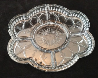 """Mint Tiffany Incised Glass 5 Section Oval Dish 10 x 8 1/4"""" Made in Portugal"""
