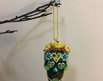 Day of the Dead, Dia de los Muertos sugar skull hanging ornament /black, turquoise 05