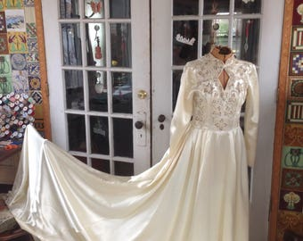 1930's ivory satin wedding gown, full train, exquisite