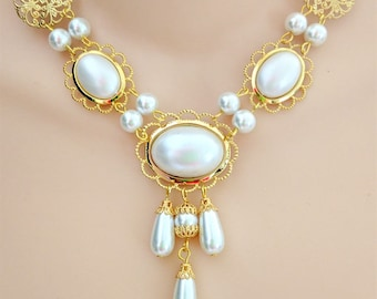 Renaissance Necklace and Earrings, Renaissance Jewelry, Tudor Necklace, Medieval Necklace, Medieval Jewelry,  Princess Beth, Gold & Pearls