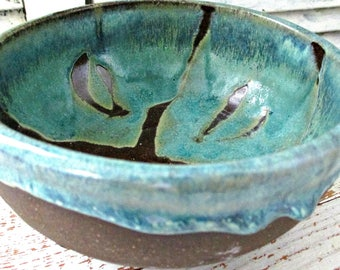 BRoWN & TuRQuoiSe PoTTeRY BoWL