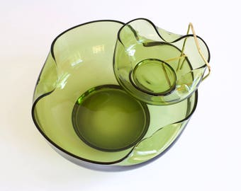 Vintage Glass Avocado Green Serving Bowls | Chip and Dip set by Anchor Hocking