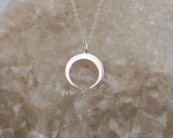 Crescent Necklace Sterling Silver Crescent Moon Charm Pendant Cable Chain Horns Celestial