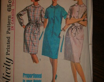 Simplicity 5878 Printed Pattern ~ Size 16 Bust 36 ~ 1965 Misses' One-Piece Dress in Proportioned Sizes