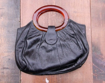 Black Vintage Handbag with Tortoise Handles  (A classy 70s era top handle leather handbag.) 11 inches by 9 inches