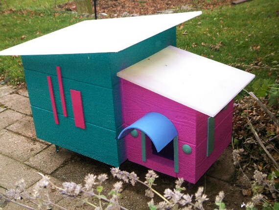 Modern Outdoor Cat House