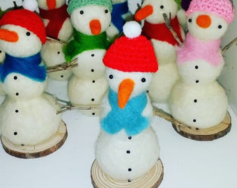 Bobble hat snowman- needle felted decoration