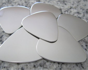 "PREMIUM 1 1/4"" x 1"" (32MM x 25MM) Guitar Pick Stamping Blank, 22g Stainless Steel - Shiny Mirror finish on all surfaces! PGP10-08"