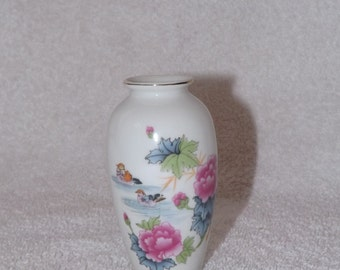 Vintage Porcelain Vase - Two Ducks In Water and Pink Flowers -L 211
