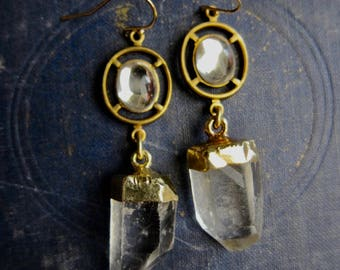 Quartz Earrings,Crystal Earrings,Gold Quartz Point Earrings,Gold Dipped Quartz,Gold Dipped Crystal,Raw Stone Earrings,Clear Quartz,Quartz