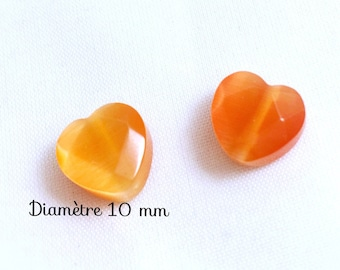 2 glass beads faceted heart - 10 mm - coral cat's eye