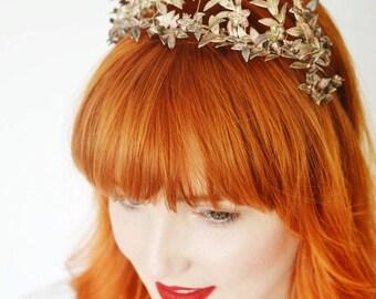 Wedding Crown, Tiara Silver, Myrtle Tiara, Bridal Crown, Antique Crown and Corsage jewelry box, Victorian Silver Leaf Headpiece