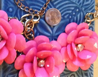 costume jewelry, fun necklace, floral necklace