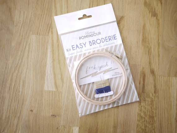 Love, love, love - Kit EASY BRODERIE